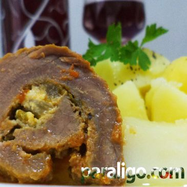 Veal cutlets stuffed with feta cheese