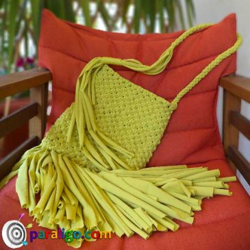 Macrame tutorial: Fringe bag