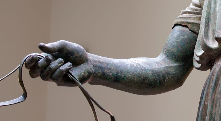 Charioteer_hand